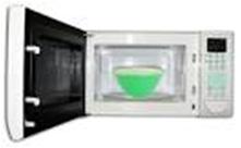 Tome un recipiente que quepa en el horno microondas y llénelo con agua
